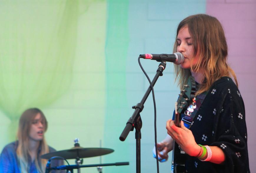 Mirror Travel vocalist Lauren Green performs in her hometown. Photo by Alex Vickery